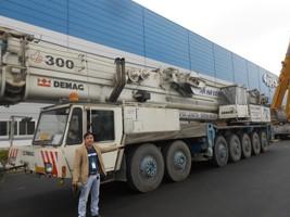 cho thuê xe cẩu chuyên dụng cẩu kato 2 tấn - 800 tấn