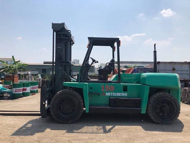 Cho thuê xe nâng 15 tấn, dịch vụ nâng hạ lắp đặt thiết bị máy móc