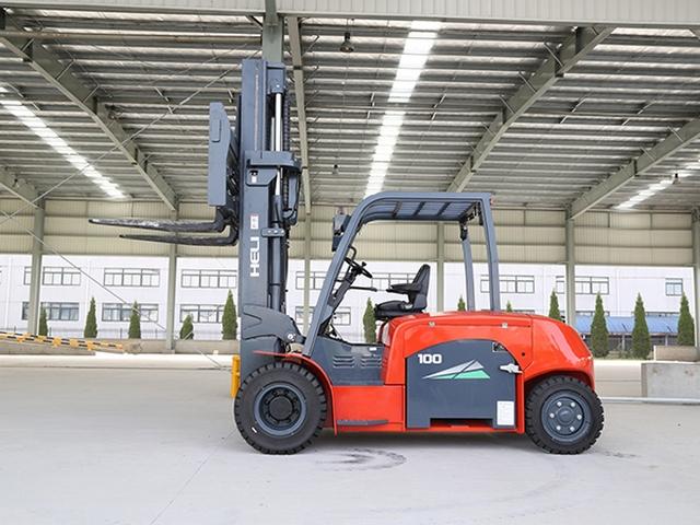 Cho thuê xe nâng 9 tấn, xe 2 ti thủy lực, chuyên dọn kho kéo máy nâng hạ
